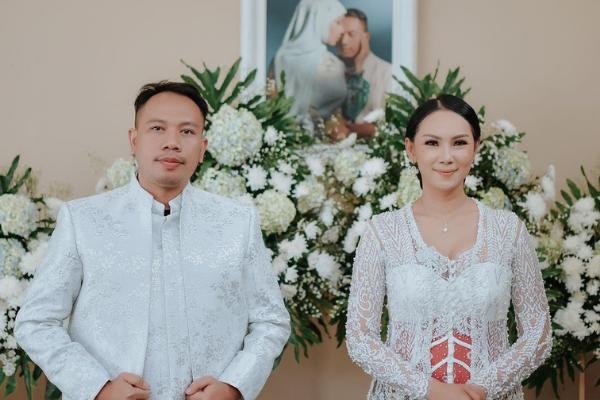 Pernikahan Kalina Dan Vicky