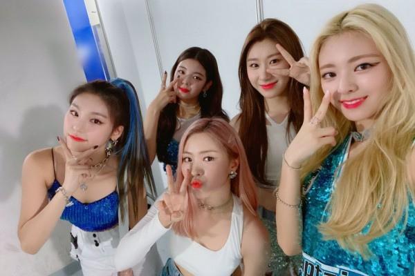 Girlband Korea Paling Modis