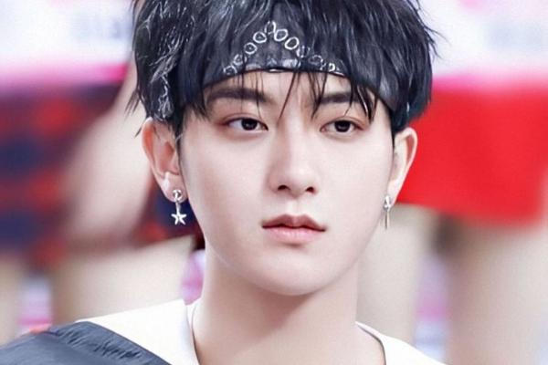 Idol-Kpop-Sukses-Bersolo